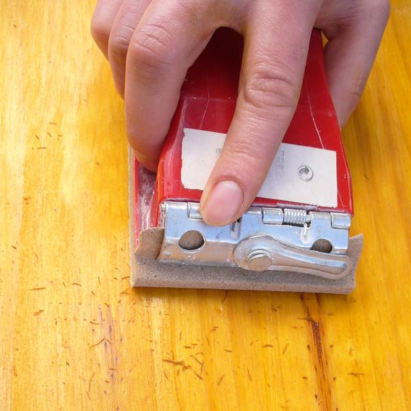 appliquer la lasure sur bois - conseil bricolage avec bricopro